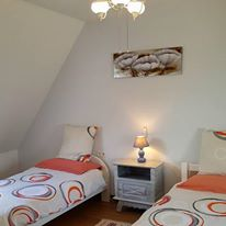 L'Erable bedroom 3 (2 singles)